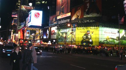 Times Square / 42nd St. am Abend III