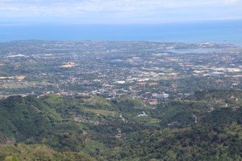 Cebu-City - Tops Lookout Area auf dem Busay Hill X