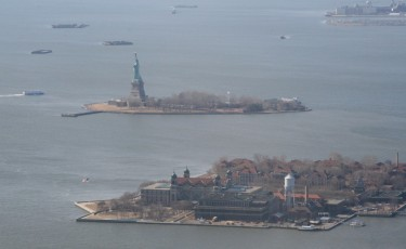 Heli-Flug in NYC: Ellis Island I