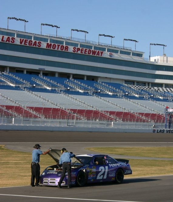 Richard Petty Driving Experience IX