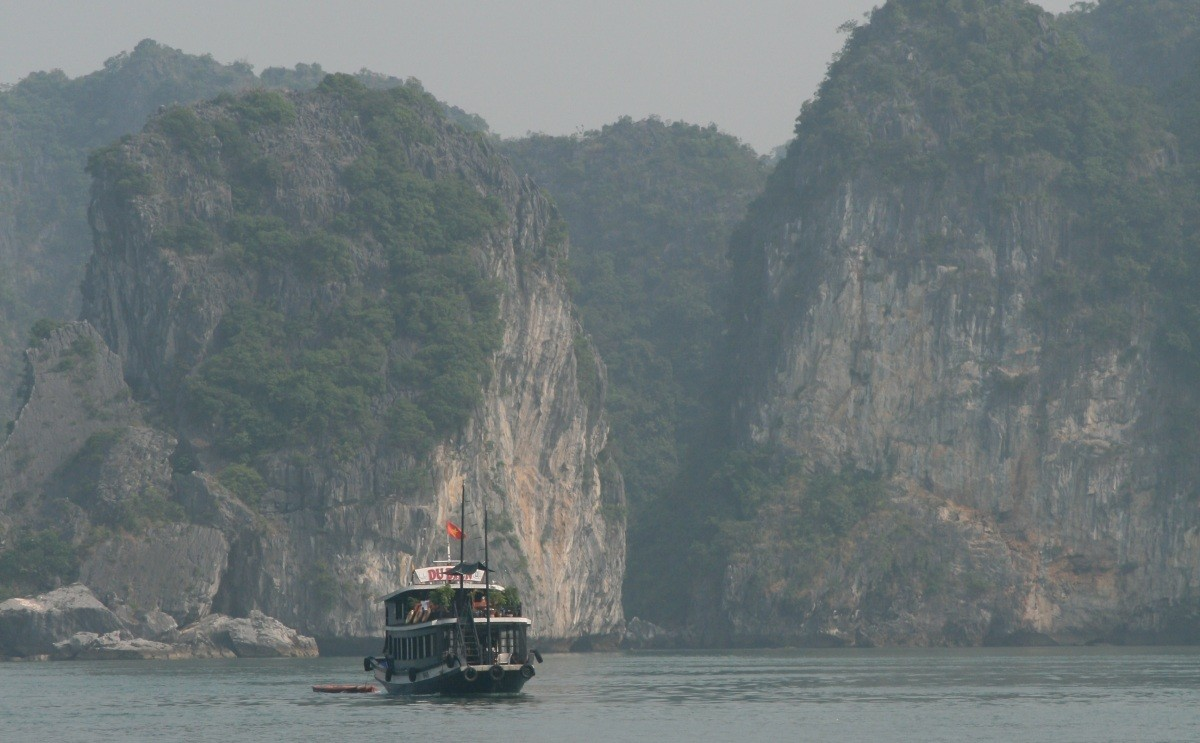 Ha Long Bay - UNESCO-Weltnaturerbe in Vietnam VII