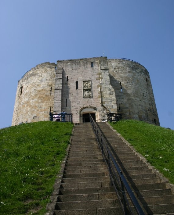 York - Cliffords Tower III