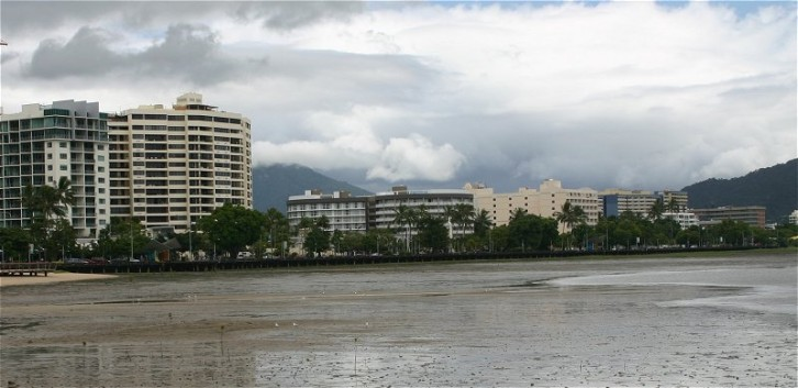 "Cairns mit ""Downtown"""
