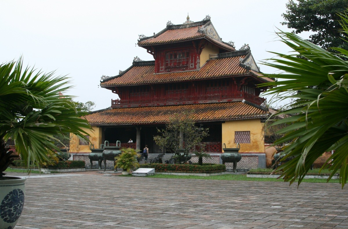Hué - Imperial Cathedral XVI