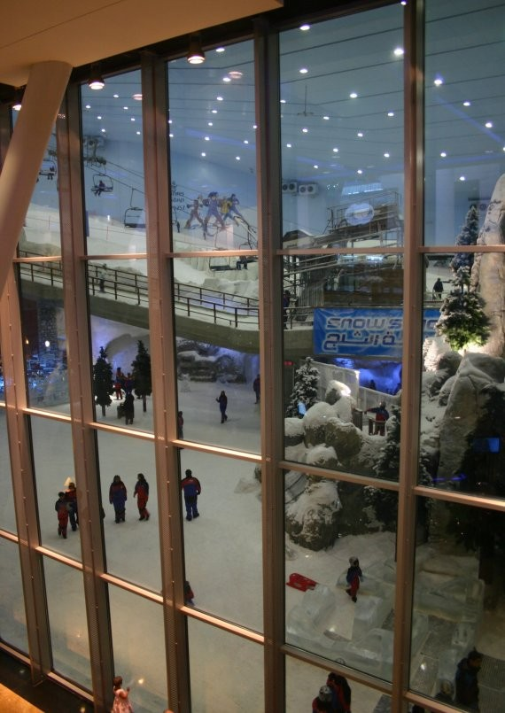 Ski Dubai in der Mall of the Emirates II