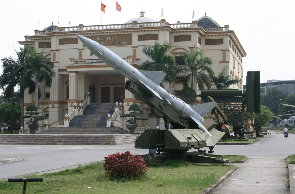 Hanoi - Air Force Museum III