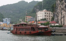 Ha Long Bay - Ben Beo Harbour auf Cat Ba