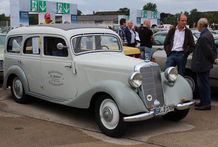 Mercedes-Benz & Friends - 125 Jahre Automobil in Tempelhof VI