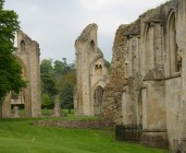 Glastonbury - Ruine der Abbey II