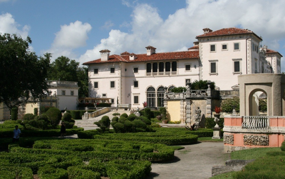 Vizcaya Museum and Gardens X