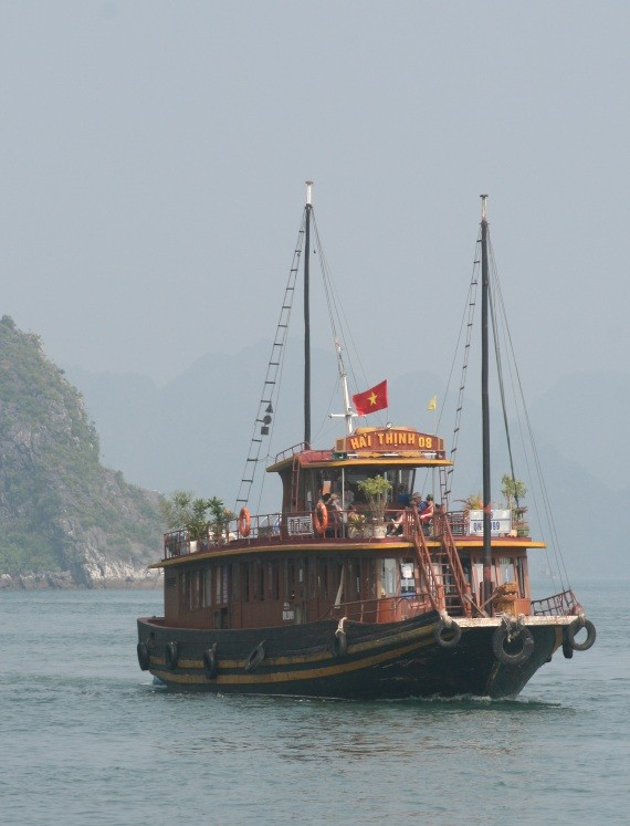 Ha Long Bay - UNESCO-Weltnaturerbe in Vietnam VIII