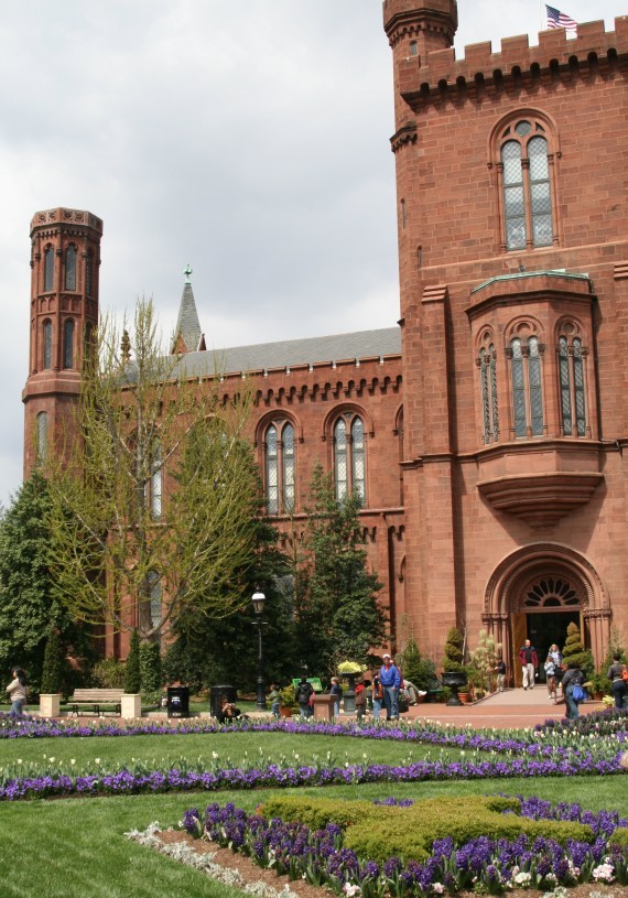 Smithsonian Institute mit Smithsonian Castle II