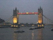 Tower Bridge in der Nacht