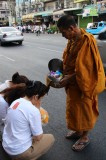 Bangkok - Mass Alms Giving in Thonglor / Sukhumvit Soi 55 LXI